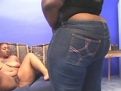 Hot fat lesbian spoils chubby ebony