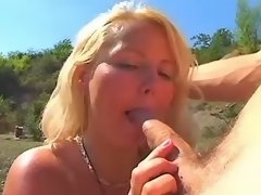 Blond BBW sucks and fucks in nature